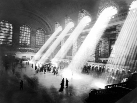 ANONYMOUS - Grand Central Station, NY - 3AP3245